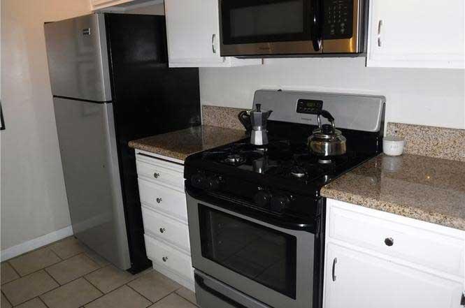 4591-Orange-Avenue-#307 kitchen